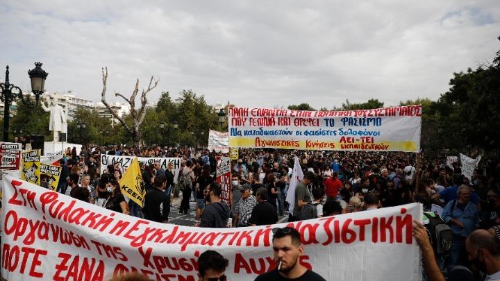 Με παλμό το αντιφασιστικό συλλαλητήριο στη Θεσσαλονίκη