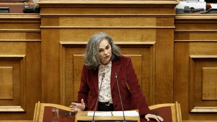 Επίθεση σε κυβέρνηση και ΣΥΡΙΖΑ από τη Σακοράφα