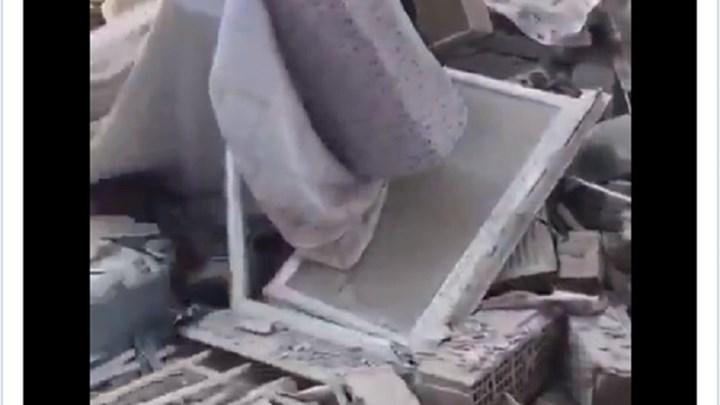 Συγκλονιστικό βίντεο από τη Σμύρνη: Άνθρωποι καλούν μέσα από τα συντρίμμια για βοήθεια