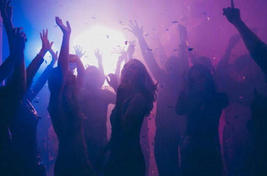 """Κοροναϊός: Έκαναν πάρτι σε σπίτι στο """"κόκκινο"""" Λασίθι"""