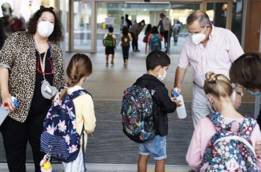 Αντισηπτικά τζελ: Μικρά παιδιά τα καταπίνουν, τα βάζουν στα μάτια ή τα εισπνέουν – Δραματικό μήνυμα στους γονείς από τον υπουργό Δικαιοσύνης στην Ισπανία