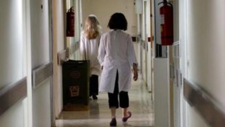 """""""Θερίζει"""" ο κοροναϊός στην Ισπανία – Σε επιφυλακή τα νοσοκομεία"""