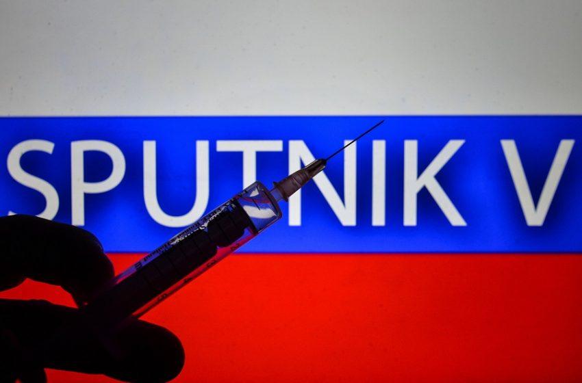 Sputnik-V: Χαμόγελα από το ρωσικό εμβόλιο – Δεν προκαλεί παρενέργειες
