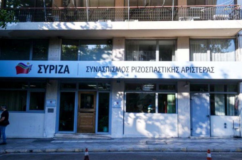 """ΣΥΡΙΖΑ κατά Πέτσα: """"Ο ίδιος διαφήμιζε κυρώσεις που θα δαγκώνουν"""""""