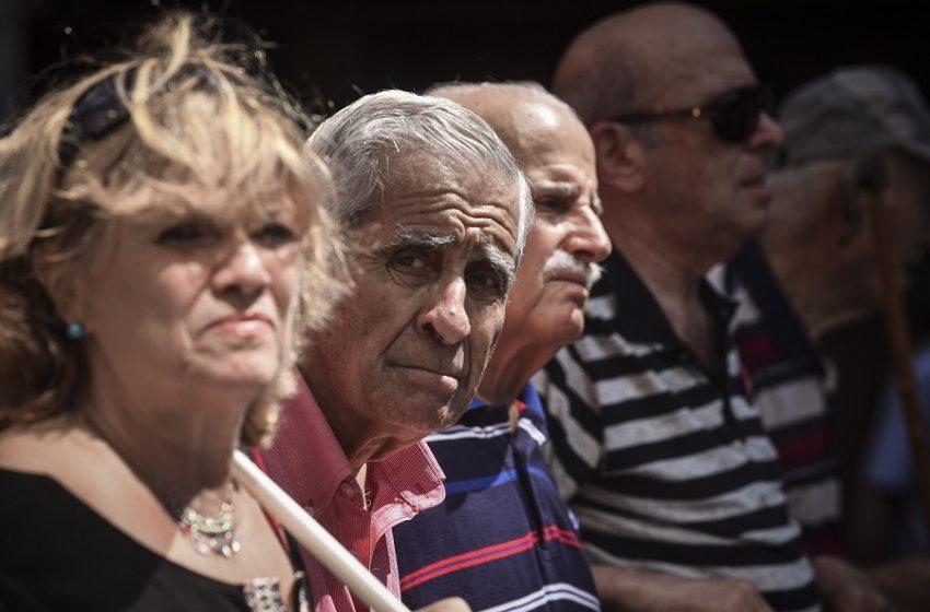 Αιφνίδια τροπολογία στη Βουλή: Αναδρομικά μισού δισ. σε συνταξιούχους – Ποιους αφορά