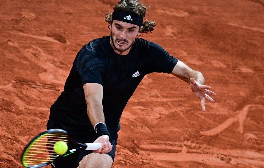 «Λύγισε» στην πρεμιέρα του ATP Finals ο Στέφανος Τσιτσιπάς