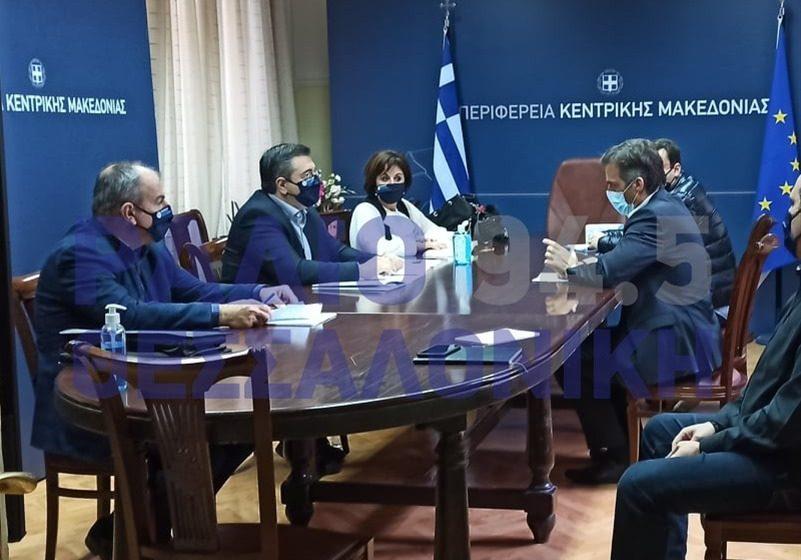 Θεσσαλονίκη: Έκτακτο σχέδιο για τη στήριξη της οικονομίας ζητά ο Τζιτζικώστας (vids)