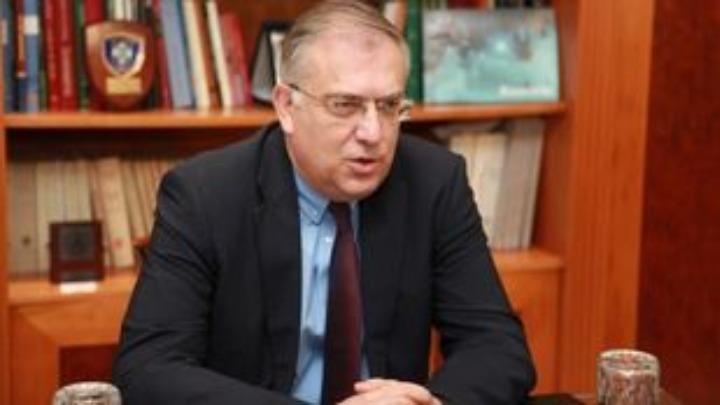 Θεοδωρικάκος: Η «Αυγή» και ο ΣΥΡΙΖΑ να ανασκευάσουν τις συκοφαντίες για Μητσοτάκη – Σαμαρά