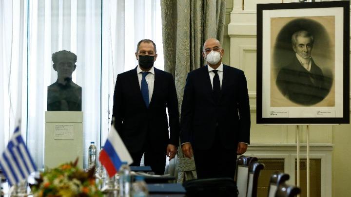 Προσφέρθηκε για διαμεσολάβηση προς τον Ερντογάν ο Σεργκέϊ Λαβρόφ- Υπογραφή μνημονίου με Δένδια