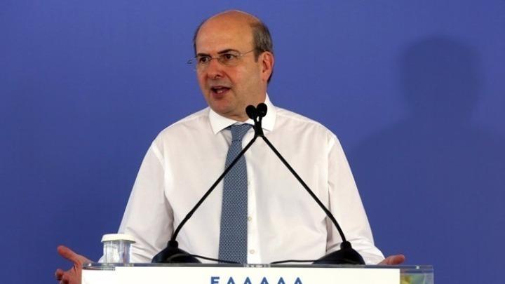 """Χατζηδάκης: Ευρωπαϊκά κονδύλια άνω των 10 δισ. ευρώ για """"πράσινες"""" δράσεις"""