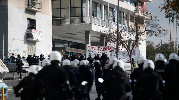 Συγκέντρωση στις φοιτητικές εστίες – Κινητοποίηση της αστυνομίας