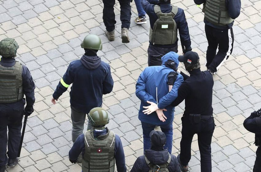 Εκατοντάδες συλλήψεις σε διαδήλωση της αντιπολίτευσης στη Λευκορωσία
