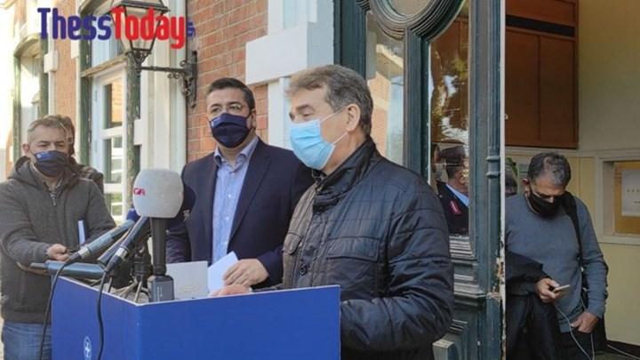 Χρυσοχοΐδης: Άμεσος στόχος να δώσουμε 10 ημέρες καιρό στο Σύστημα Υγείας – Κατερίνα, Αντρέας να γιορτάσουν απ' το τηλέφωνο