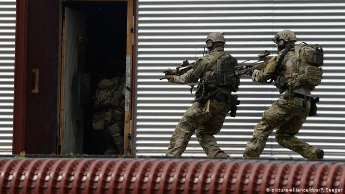 Επιχείρηση εκκαθάρισης των Γερμανικών ειδικών δυνάμεων από ακροδεξιά στοιχεία