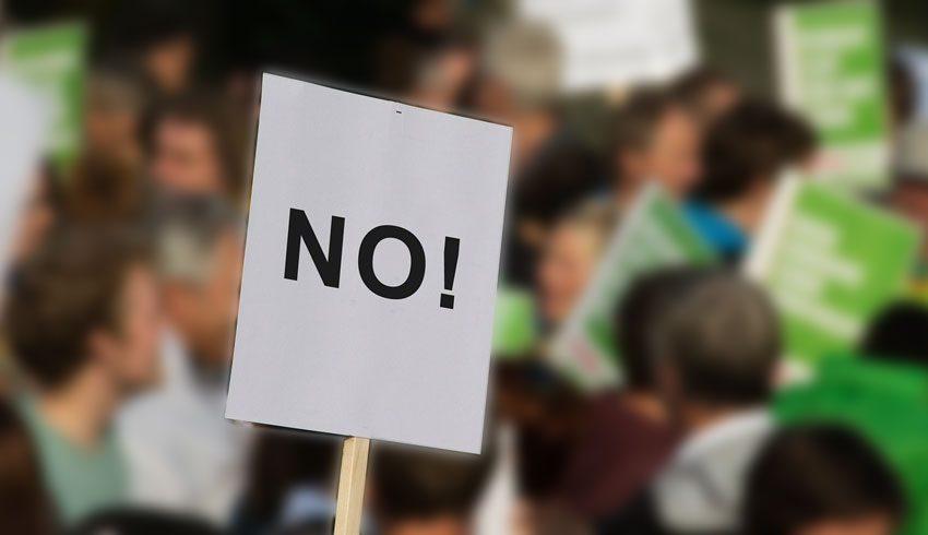 Δημοσκόπηση: 1 στους 4 δηλώνει πως δεν θα εμβολιαστεί- Κίνδυνος ενίσχυσης του κινήματος ανορθολογισμού