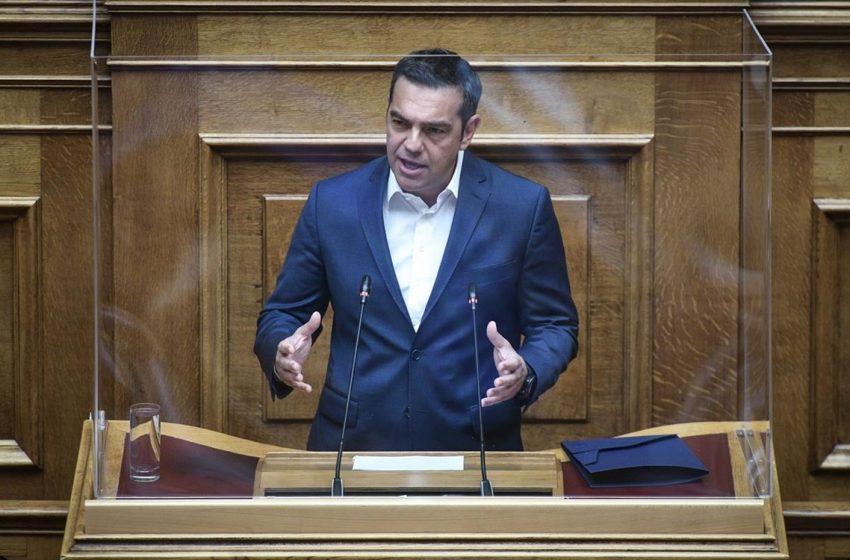 """Αλ. Τσίπρας: Ζήτησε σχέδιο σωτηρίας – """"Πεθαίνουν άνθρωποι αλλάξτε στρατηγική"""" – Διχαστική η ομιλία του κ. Μητσοτάκη (vid)"""
