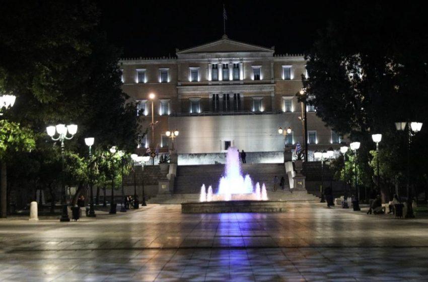 Απαγόρευση κυκλοφορίας σε όλη την Ελλάδα μετά τις 9 το βράδυ το επόμενο μέτρο της κυβέρνησης