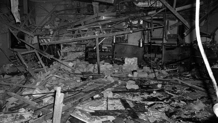 """Μπέλφαστ: Συνελήφθη """"μπόμπερ"""" που το 1974 ανατίναξε δύο παμπ στο Μπέρμιγχαμ με 21 νεκρούς"""