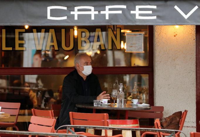 ΔΝΤ: Διψήφια ύφεση για την οικονομία της Γαλλίας
