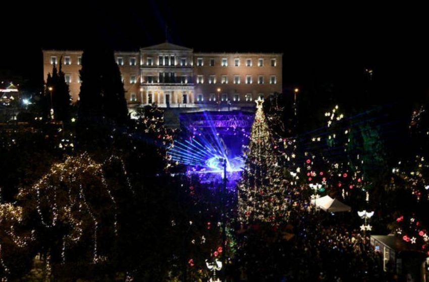 Δήμος Αθηναίων: Οργισμένη απάντηση για το κόστος στολισμού των Χριστουγέννων – Πόσο θα στοιχίσει
