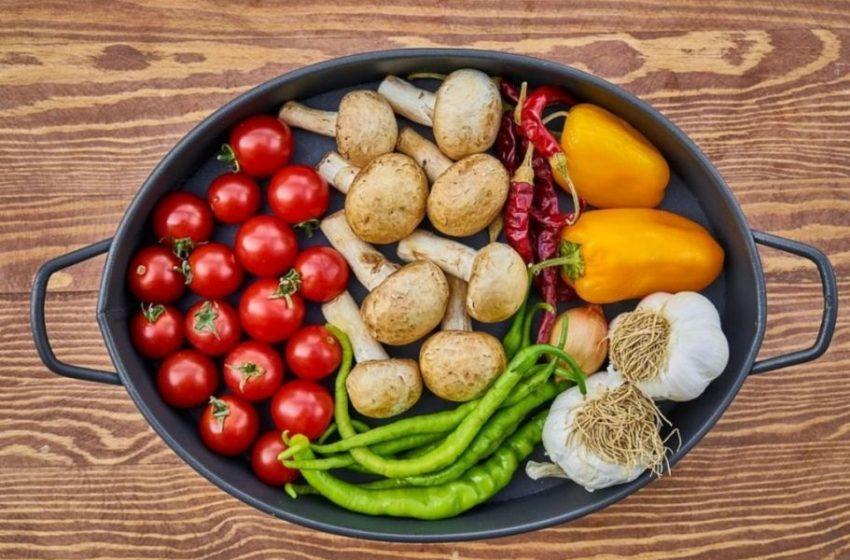 Διατροφή και lockdown : Τι τρώμε και τι όχι…