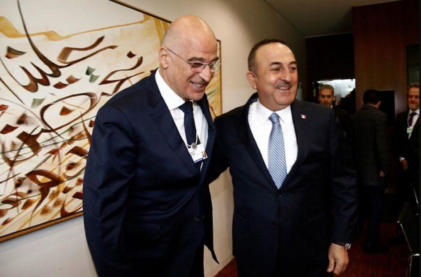Τσαβούσογλου: Η Τουρκία είναι έτοιμη να βοηθήσει την Ελλάδα