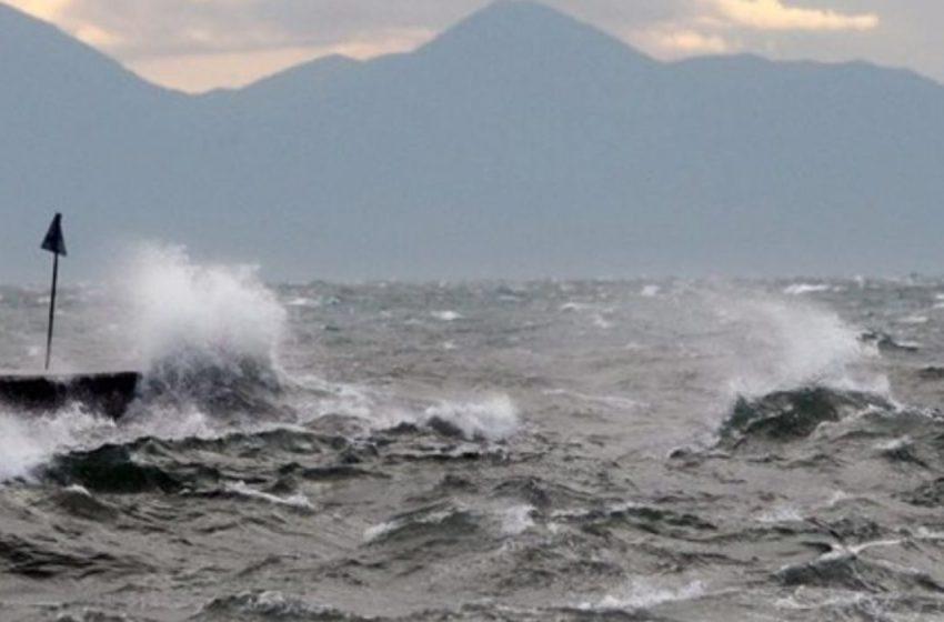 Χειμώνας: Ριπές ανέμου 100 χλμ την ώρα, ψυχρές αέριες μάζες από τη Βουλγαρία