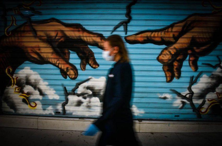 Μαγιορκίνης: Ποιο είναι το πιο συχνό μέρος που γίνεται μετάδοση του κοροναϊού