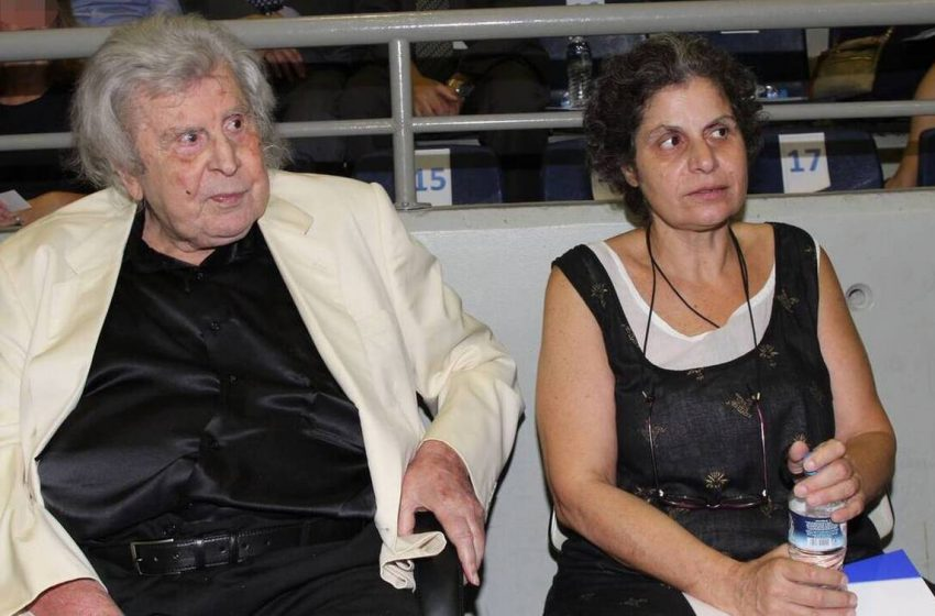 Μαργαρίτα Θεοδωράκη: Δεν ξέρω αν θα πάω στο μνημόσυνο του πατέρα μου – Είμαι θυμωμένη