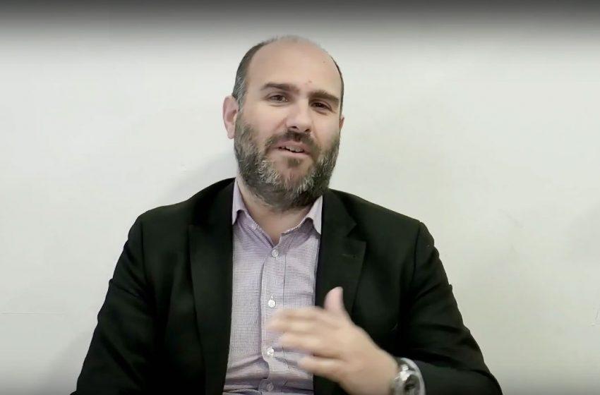 Εκτός ορίων ο Μαρκόπουλος: Κατηγορεί τον ΣΥΡΙΖΑ ότι θέλει να αυξηθούν τα κρούσματα κοροναϊού (vid)
