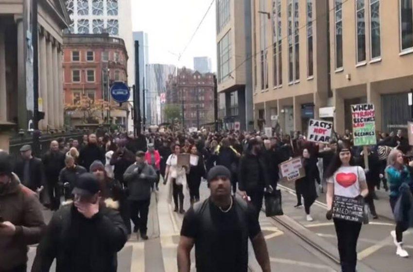 Πορεία και επεισόδια στο Μάντσεστερ με αρνητές της μάσκας (vid)