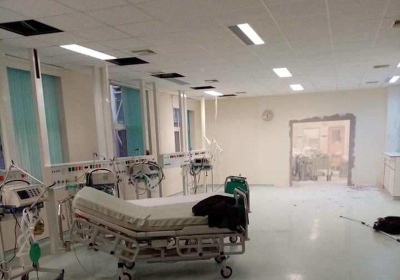 Αλεξανδρούπολη: Γέμισαν οι ΜΕΘ στο νοσοκομείο – Γκρεμίζουν τοίχους για να φτιάξουν μονάδες