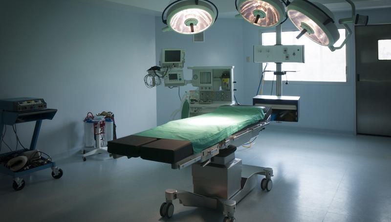 """Υπ. Υγείας: Διευκρινίσεις για τη μείωση στα τακτικά χειρουργεία – """"Εφαρμόζεται σε όλη την Ευρώπη… """""""