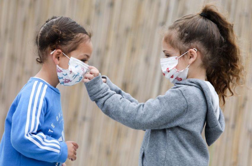 """Προειδοποίηση επικεφαλής του ΑΧΕΠΑ για τα σχολεία: """"Οι μισοί υγειονομικοί κόλλησαν κοροναϊό από τα παιδιά τους"""" (vid)"""
