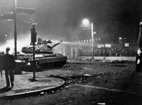 Εδώ Πολυτεχνείο: 47 χρόνια μετά την αιματοβαμμένη εξέγερση -Επίκαιρη όσο ποτέ