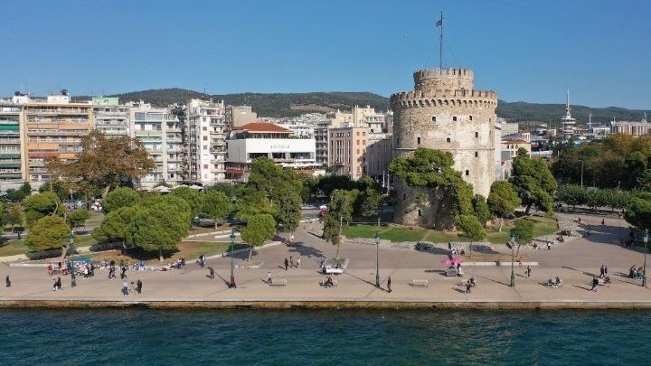 """""""Επιστροφή"""" στην άνοιξη ζητά η Θεσσαλονίκη – Κοινή επιστολή στον πρωθυπουργό για πιο αυστηρά μέτρα"""