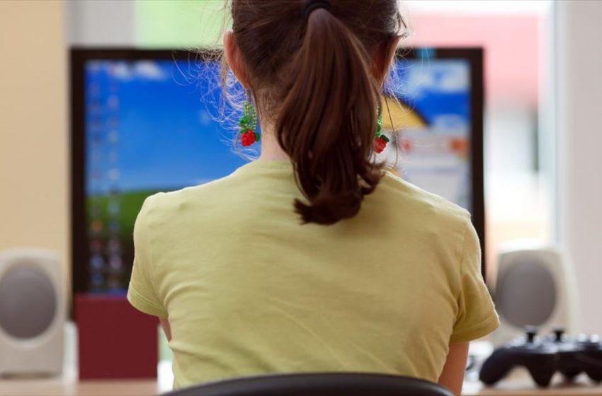 Το πρώτο σοβαρό κρας τεστ στην τηλεκπαίδευση – Θα προχωρά κανονικά η ύλη, θα μπαίνουν απουσίες