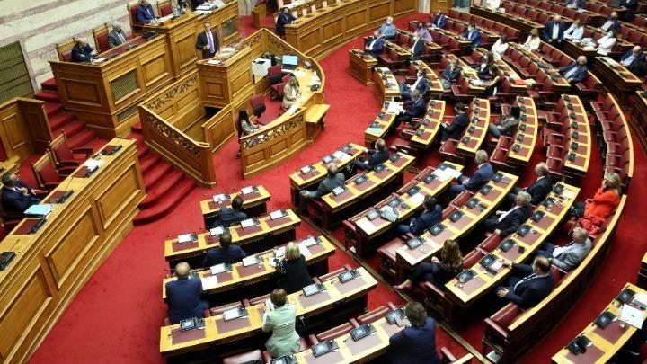 Στις 12 Νοεμβρίου η συζήτηση των πολιτικών αρχηγών για την πανδημία