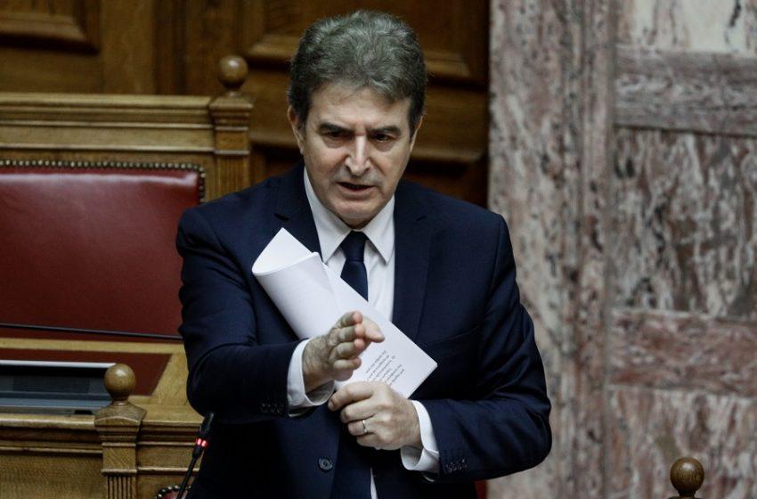 Χρυσοχοΐδης: Φέτος δεν θα γίνει η πορεία για το Πολυτεχνείο (vid)