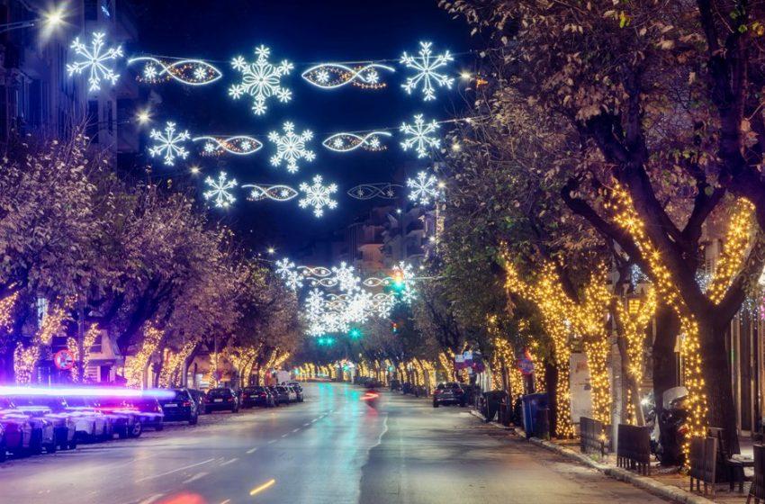 Χριστούγεννα με μέτρα και ελέγχους: Μπλόκα και διακοπή κυκλοφορίας στους δρόμους