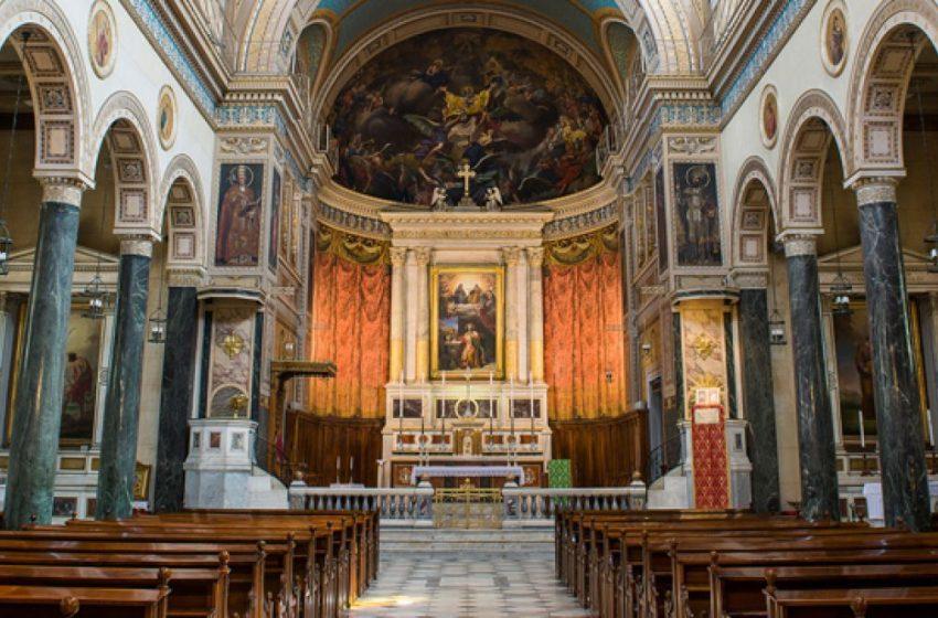 Ποιες μέρες ανοίγουν οι εκκλησίες – Οι περιορισμοί