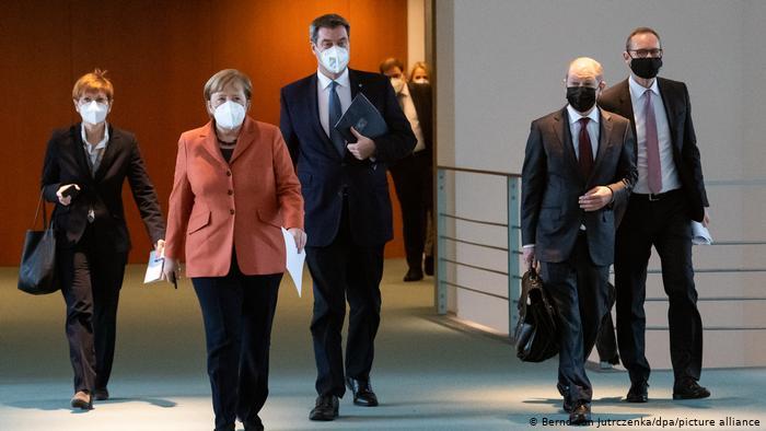 Τα Γερμανικά ΜΜΕ κατηγορούν τη Μέρκελ: Ομολογία αποτυχίας το 2ο σκληρό lockdown