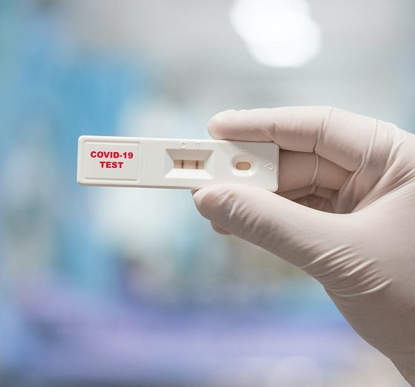 Rapid test και στα φαρμακεία, σε χαμηλή τιμή