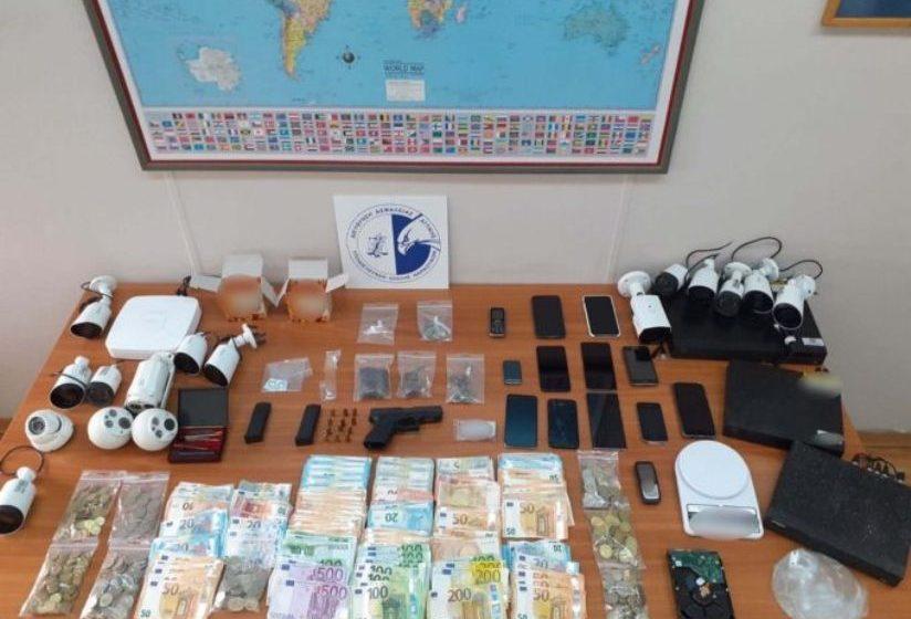 Εξαρθρώθηκε κύκλωμα ναρκωτικών με δράση στα Άνω Λιόσια και στο Ζεφύρι