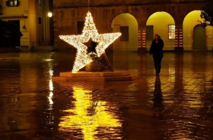 Πόσο θα πέσει ο τζίρος της αγοράς τα Χριστούγεννα – Οι πρώτες εκτιμήσεις για την κατά κεφαλήν δαπάνη των καταναλωτών