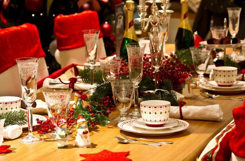Έτσι θα κάνουμε ρεβεγιόν Χριστούγεννα και Πρωτοχρονιά