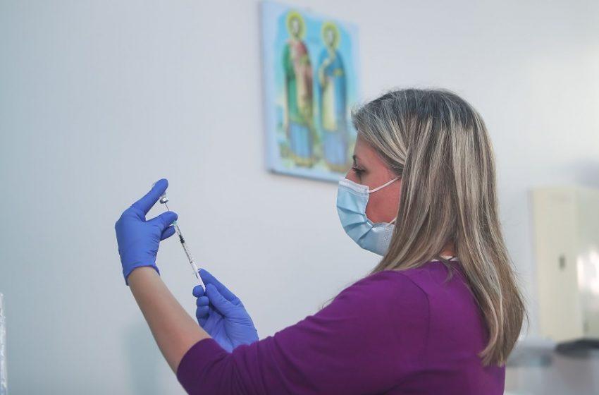 Πιστοποιητικό εμβολιασμού: Ερωτηματικό η χρήση και η εφαρμογή του