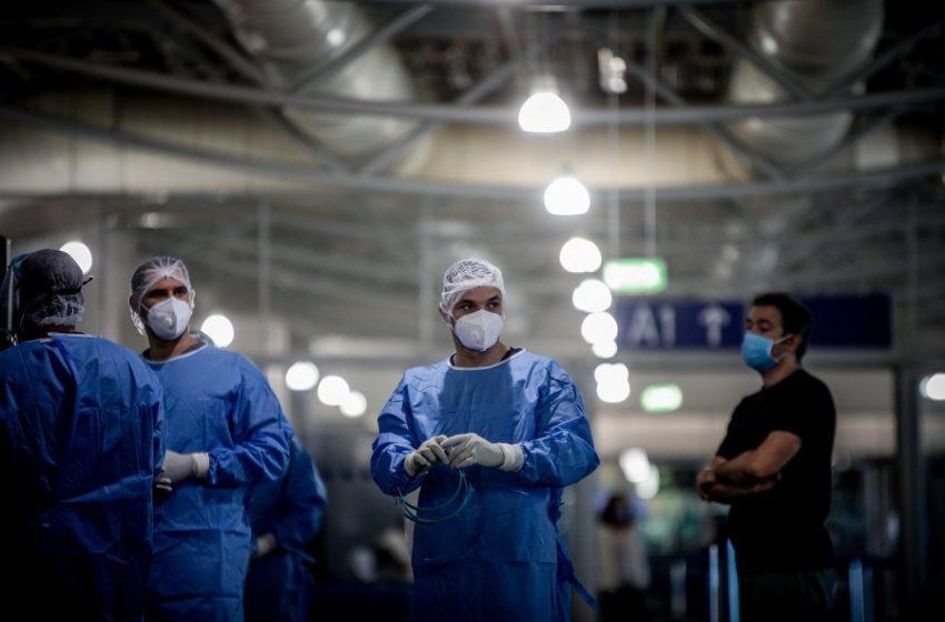 Bloomberg για τη διαχείριση της πανδημίας: Η Ελλάδα κατρακύλησε 19 θέσεις