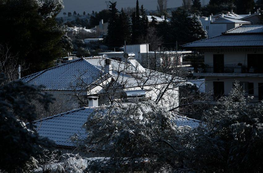 Κύμα κακοκαιρίας: Πού χιονίζει, πού έριξε την περισσότερη βροχή