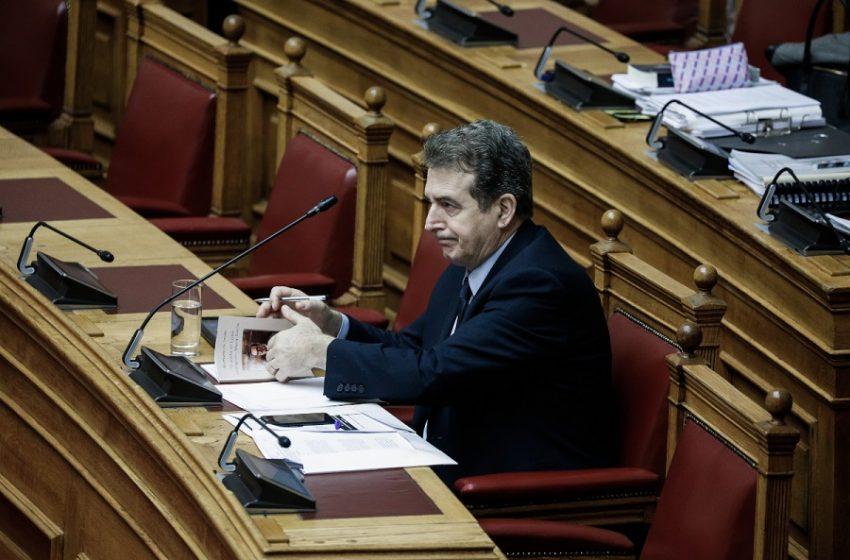 Πολιτική θύελλα για το νομοσχέδιο Χρυσοχοΐδη – Ενστάσεις από τον εισηγητή της ΝΔ και τη Μ. Γιαννάκου